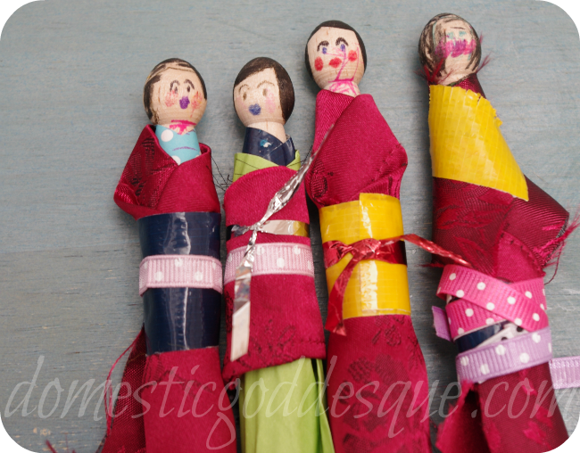 Peg dolls in kimonos