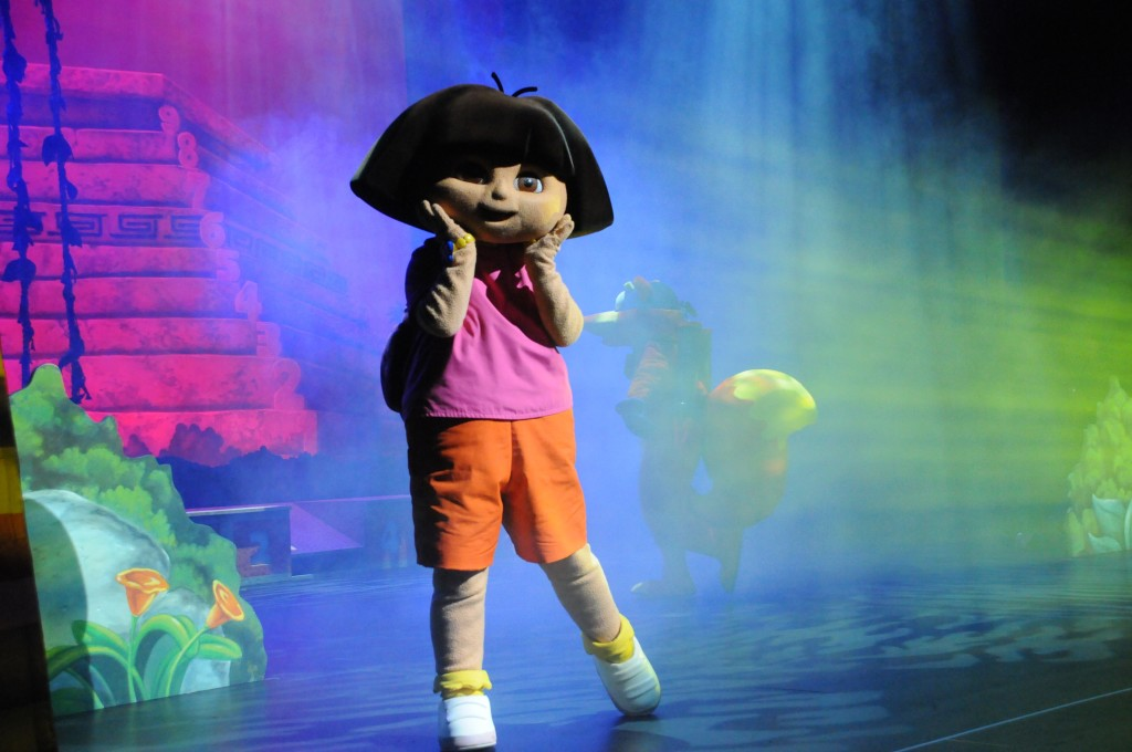 Nickelodeon's Dora The Explorer Live! Search for the City of Lost Toys1
